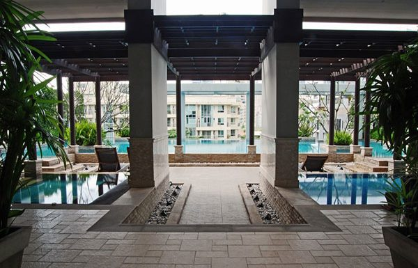 baan-siri-24-bangkok-condo-for-sale-swimming-pool-7